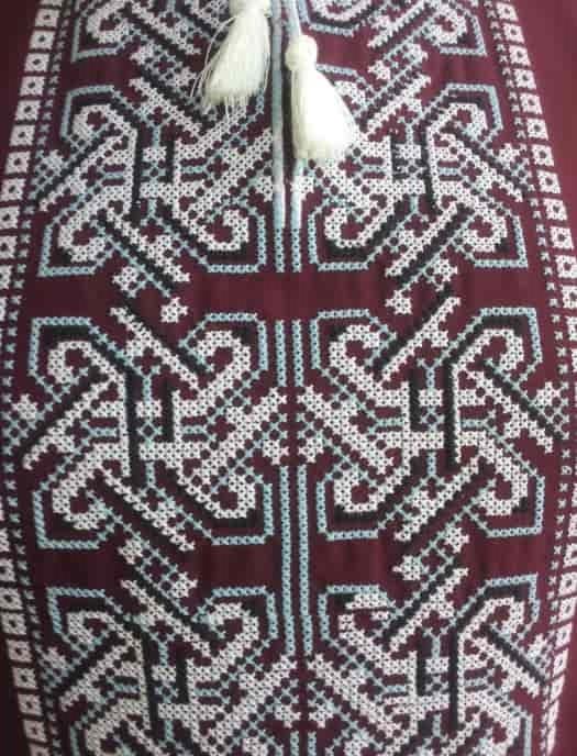 Древнеславянский орнамент для мужской сорочки