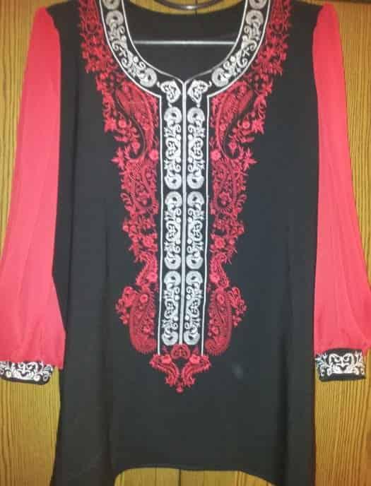 Блуза красная с белым