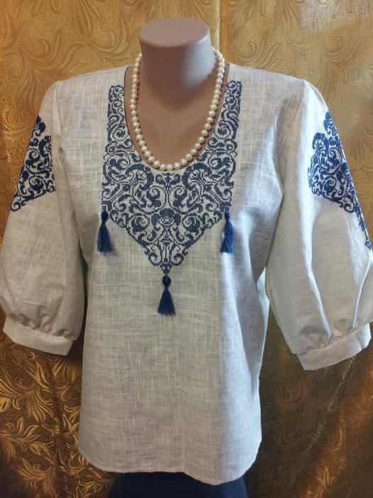 Блуза серая льняная с подвесками