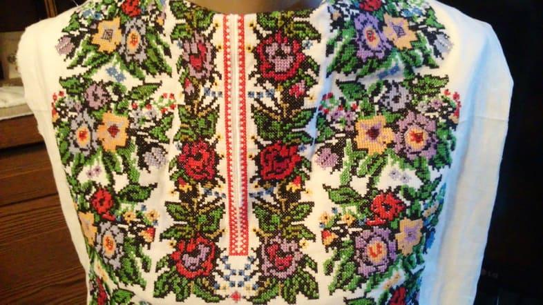 Деталь борщивской сорочки женской (пазуха)