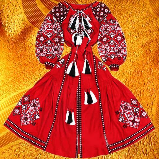 Довга сукня з клинами (червона)