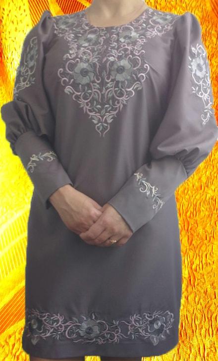 Платье ''Романтика'' с растительным орнаментом