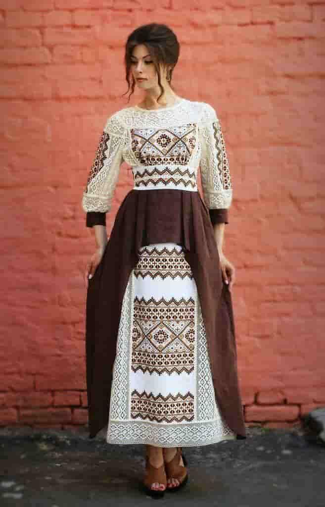 Платье с мережками
