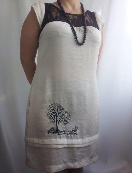 Платье с силуэтным рисунком