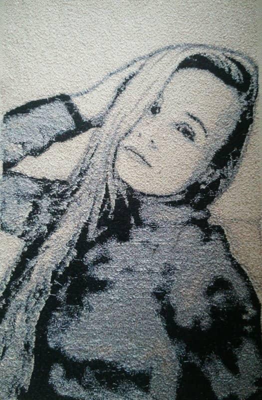Портрет девушки (вышивка)