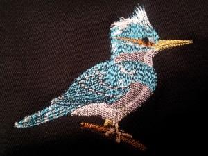Купить брошь Птичка с вышивкой