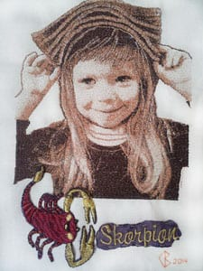 Портрет девочки Даши. Вышивка в технике сфумато