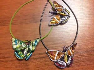 Бижутерия вышитая. Подвески с бабочками