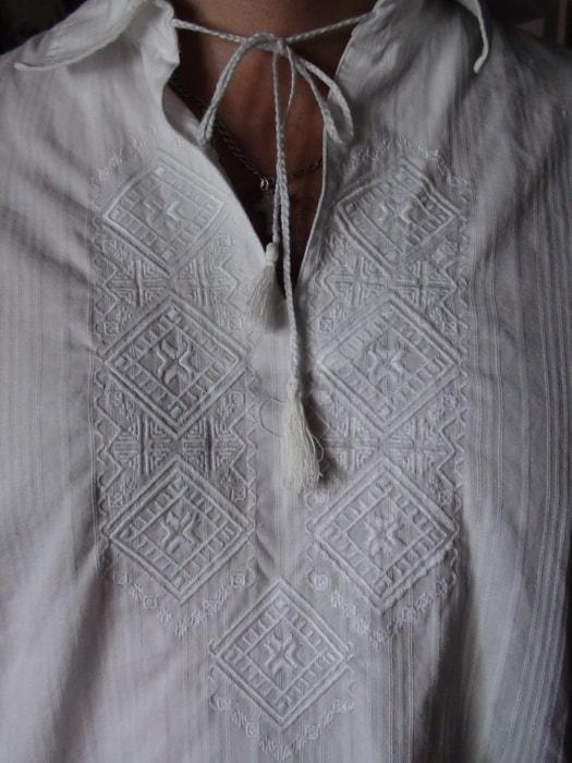 Сорочка льняная полтавская. Вышивка белым по белому
