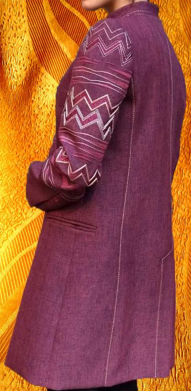 Украшение вышивкой пальто ''Зиг-заг''