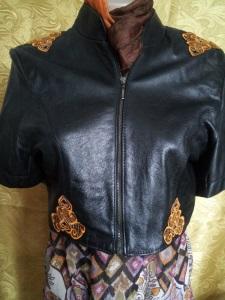 Украшение вышивкой. Кожаный пиджак с коротким рукавом