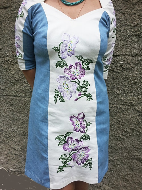 Джинсовое платье с вышивкой ''Азалия''