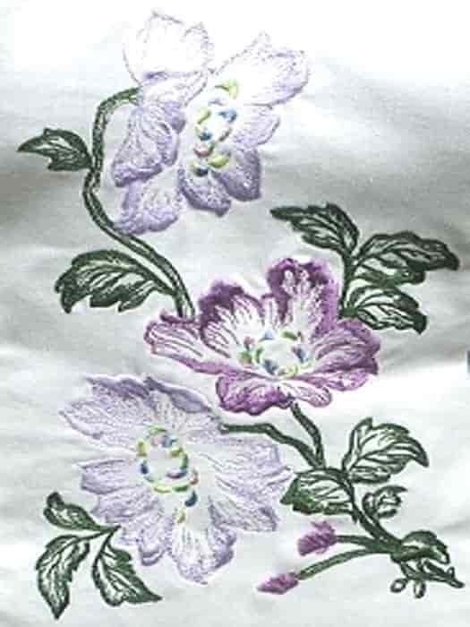 Джинсовое платье с вышивкой (орнамент)