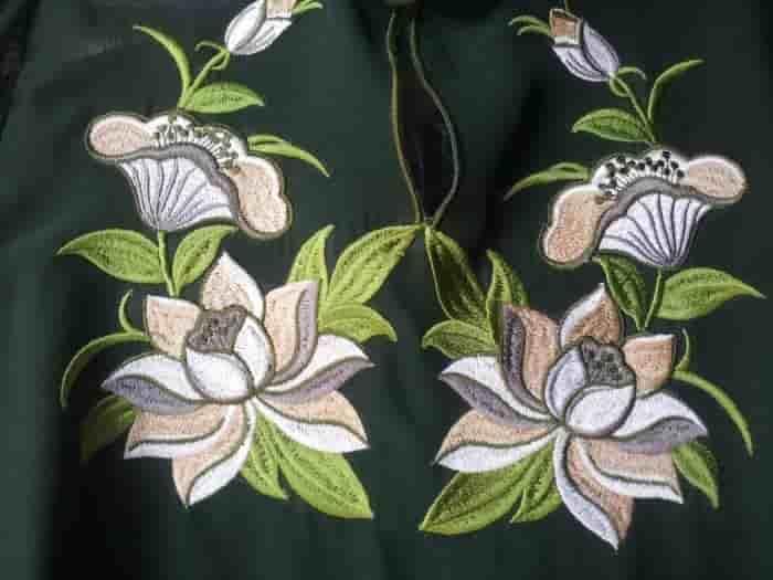 Перёд блузы ''Лотос''