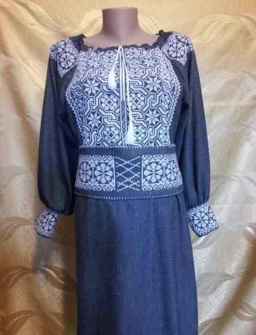 Платье ''Цепи'' с длинным рукавом