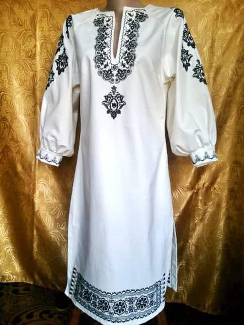 Платье джинсовое. Черным по белому