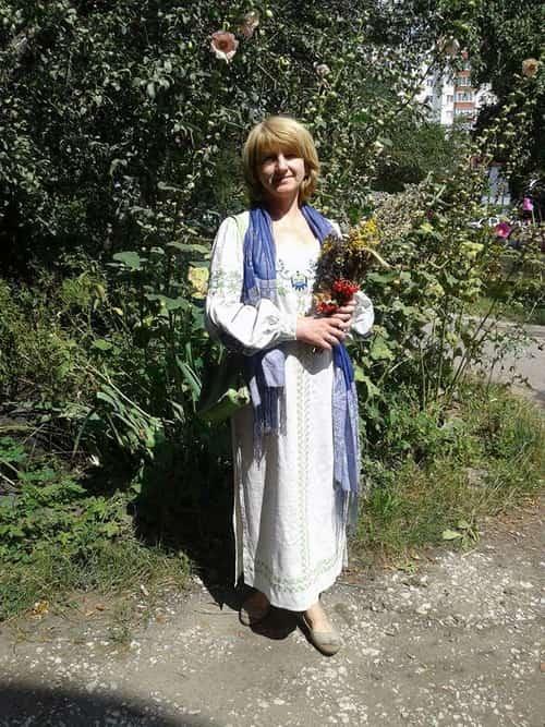 Платье льняное в пол. Растительный орнамент