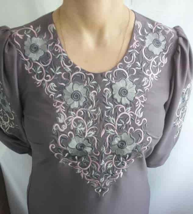 Платье с растительным орнаментом (перёд)