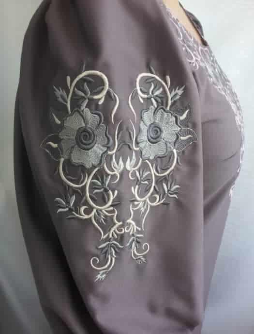 Платье с растительным орнаментом (рукав)