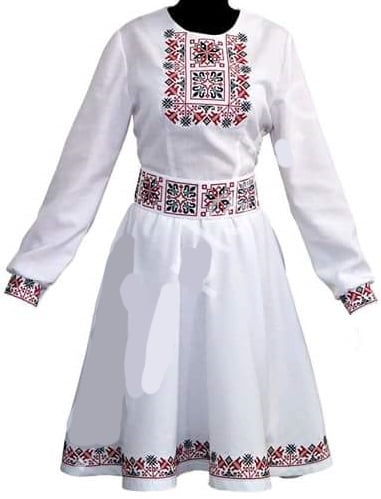 Платье женское с орнаментом в квадрате (образец)