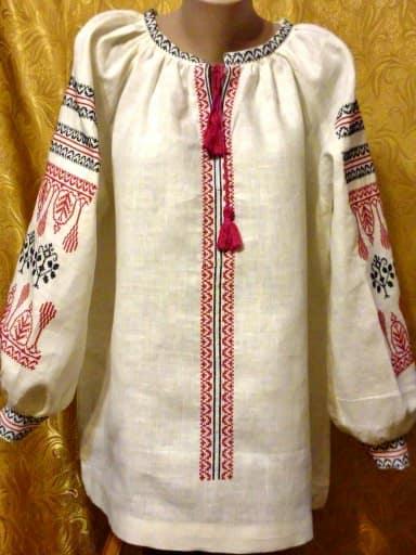 Вышиванки женские. Сорочка женская с длинным руквом