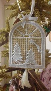 Украшение Рождественское. Вышитое. ''Окно''
