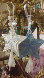 Украшение новогоднее. Вышитые Звезды